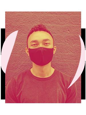 Man med munskydd